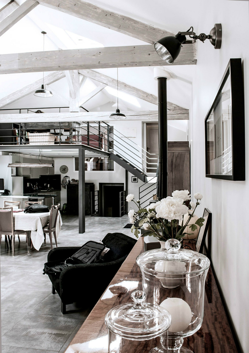 A Loft Space With Unique Dimensions And Cool Style 2