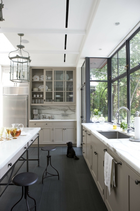 gray kitchen design idea 19
