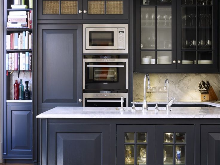 grey kitchen idea with marble surface