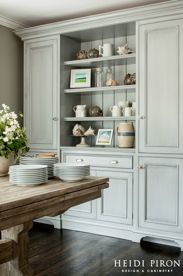 light grey kitchen idea