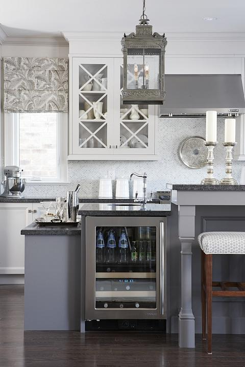 gray kitchen design idea 69