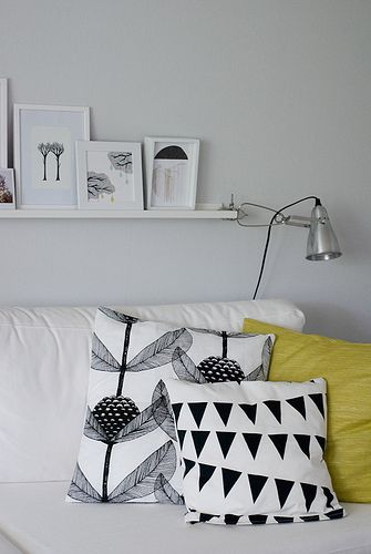 How To Mix Pillow Pattern To Enhance Your Decor 10