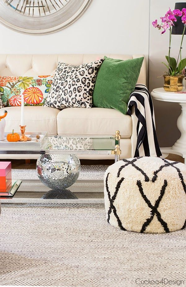 How To Mix Pillow Pattern To Enhance Your Decor 4