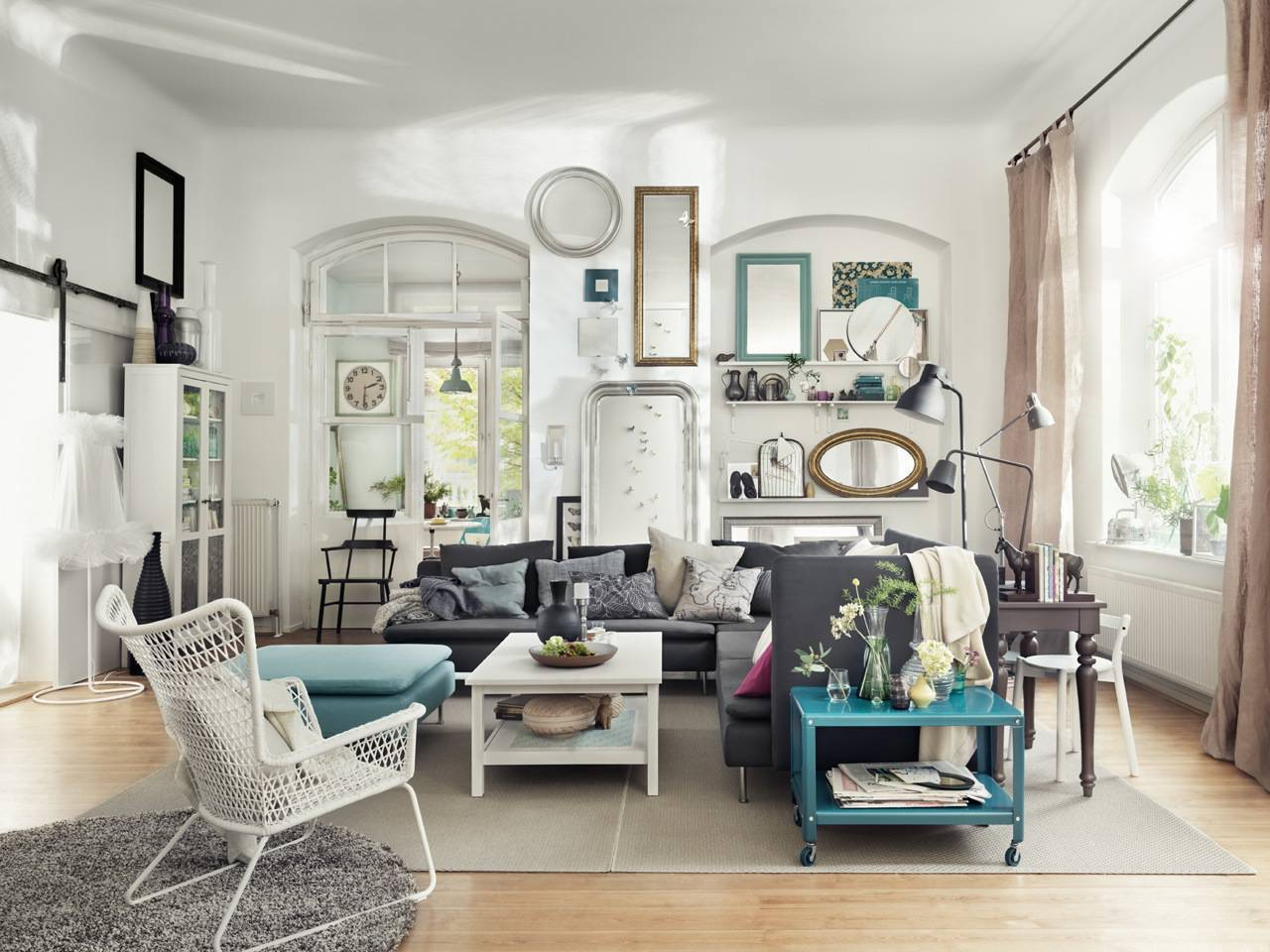 stylish eclectic living room decor