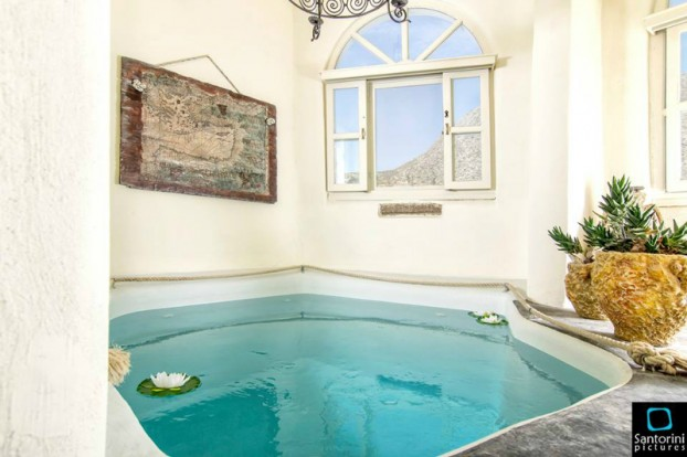 Timedrops Santorini Monumental Houses 4