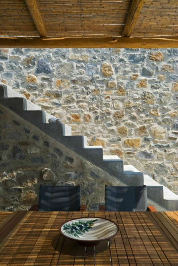 Unique Cliff-Top Home on Serifos Island - Decoholic 12