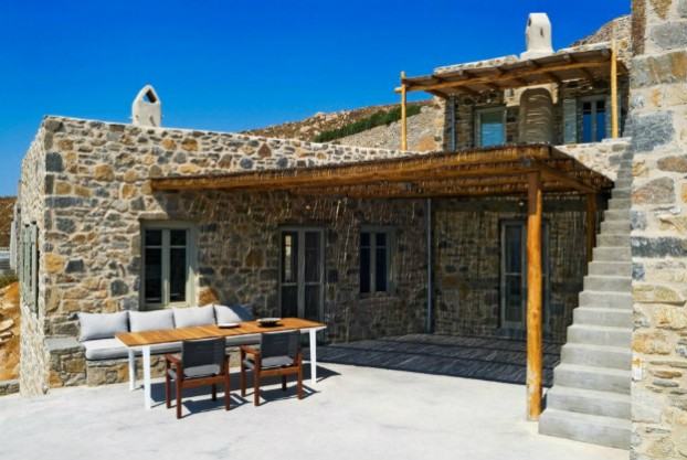 Unique Cliff-Top Home on Serifos Island - Decoholic 13