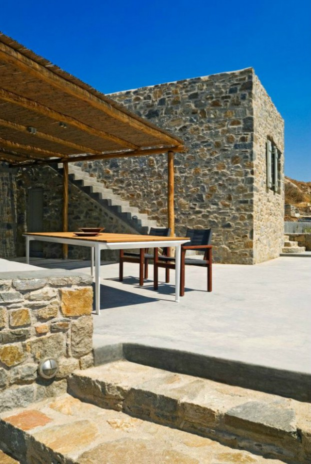 Unique Cliff-Top Home on Serifos Island - Decoholic 14