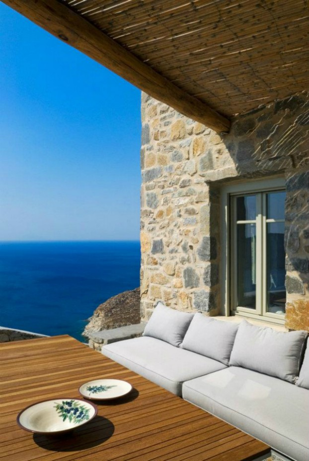 Unique Cliff-Top Home on Serifos Island - Decoholic 15