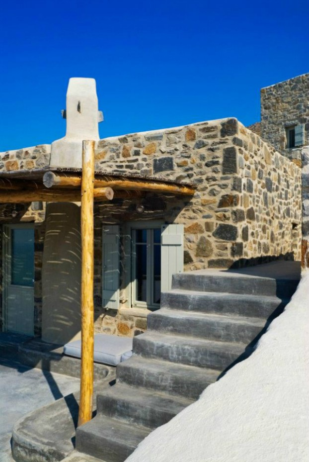 Unique Cliff-Top Home on Serifos Island - Decoholic 18