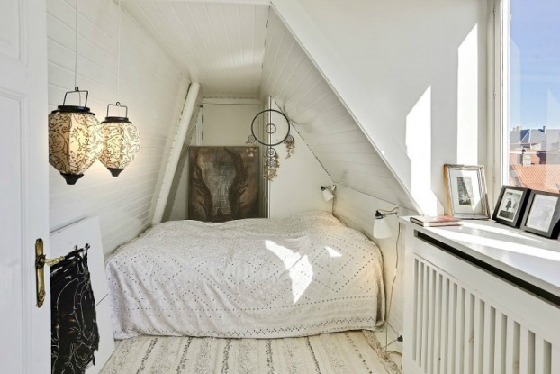 eclectic scandinavian home interior 12