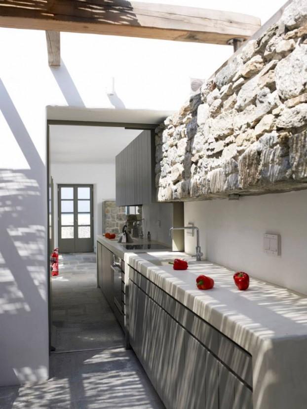 Modern cycladic interior with a sense of invisible for Muebles de cocina para exterior