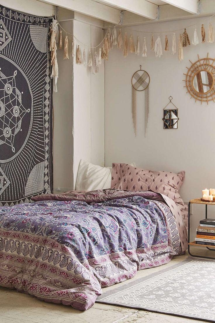 31 Bohemian Bedroom Decor | Boho room ideas | Decoholic on Bohemian Bedroom Ideas  id=22478