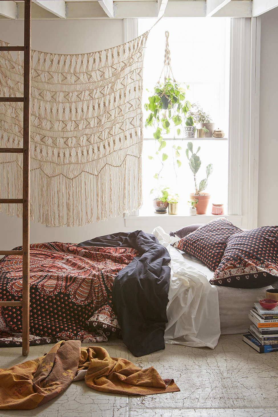31 bohemian bedroom ideas decoholic - Boho chic deco ...