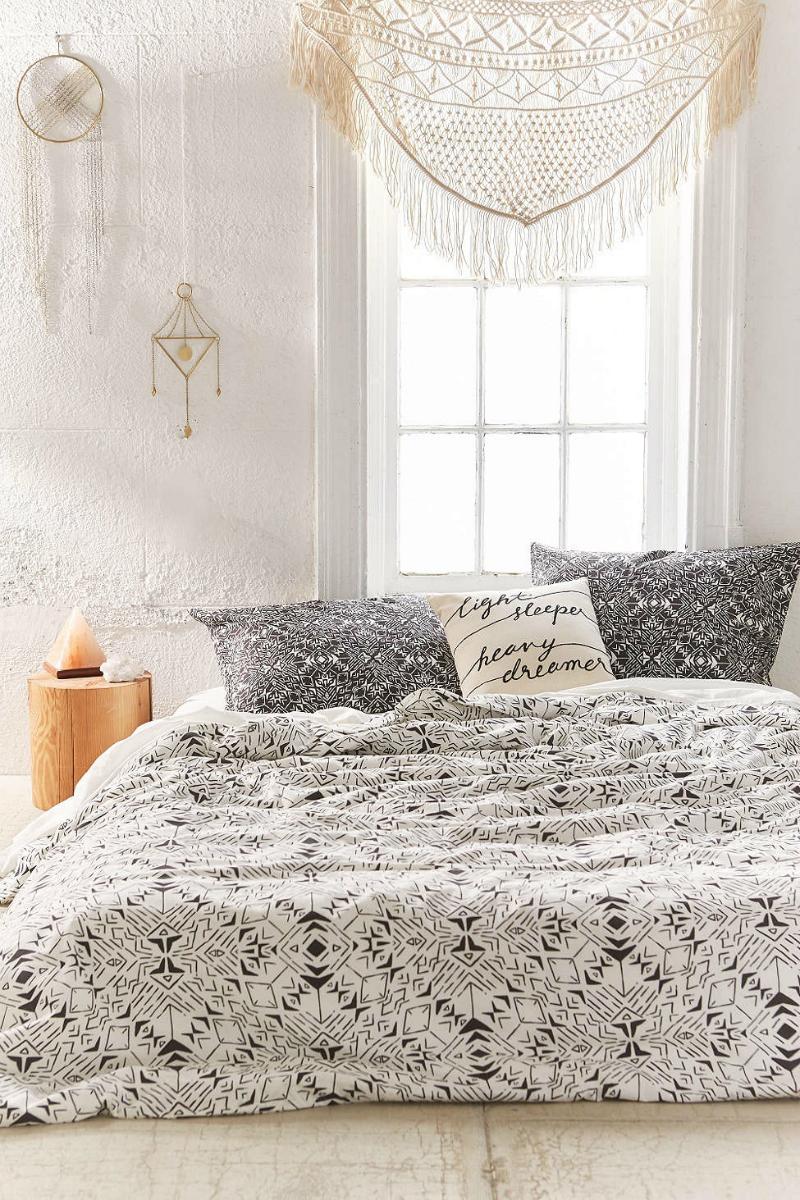 31 Bohemian Bedroom Decor | Boho room ideas | Decoholic on Boho Bedroom Decor  id=98788