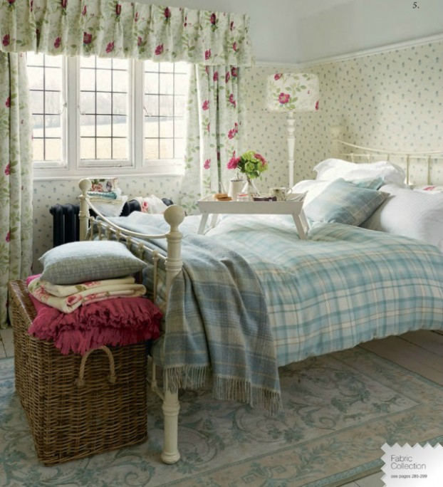 Autumn Winter 2015 collection from Laura Ashley 31
