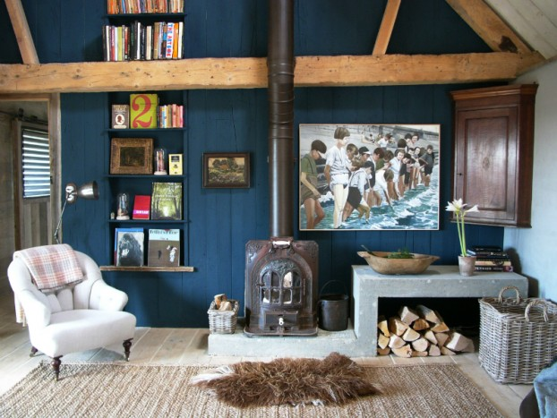 old barn home with Traditional And Contemporary Design 33