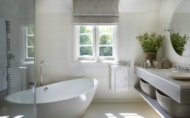 Beautifully decorated country house in sussex decoholic for Bathroom decor london ontario