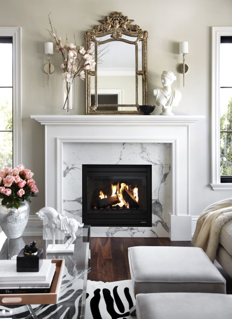 How to create an elegant space in a small living room - Living room with fireplace ...