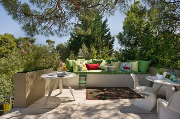 Mix of Greek Tradition and Contemporary Eco-friendly Design 24