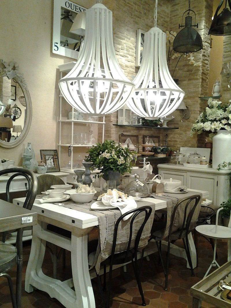 Genial Country Elegant Dining