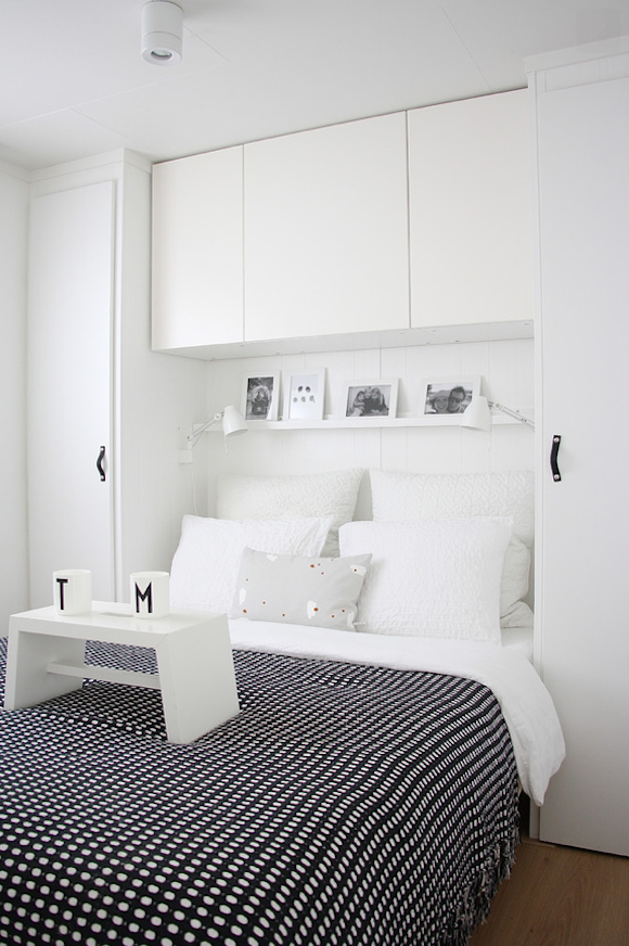 How to Make a Small Bedroom with Low Ceiling Look Larger and More Beautiful