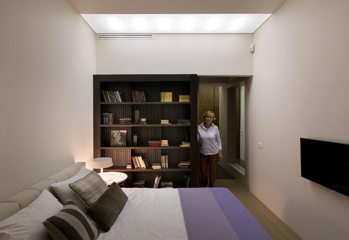 Contemporary Small Apartment Design 11
