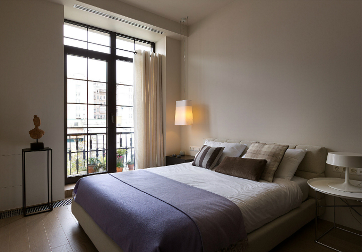 Contemporary Small Apartment Design 12