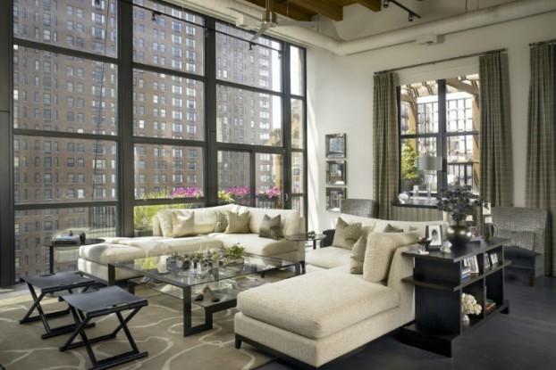 Dramatic Yet Comfortable Urban Loft