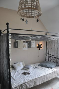 Gray Boys' Room Ideas 42