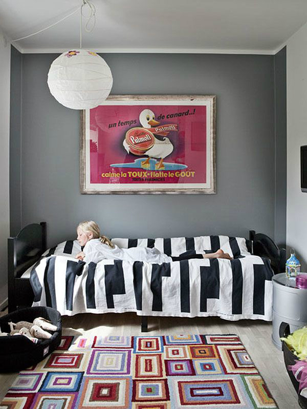 child's bedroom with a duck painting