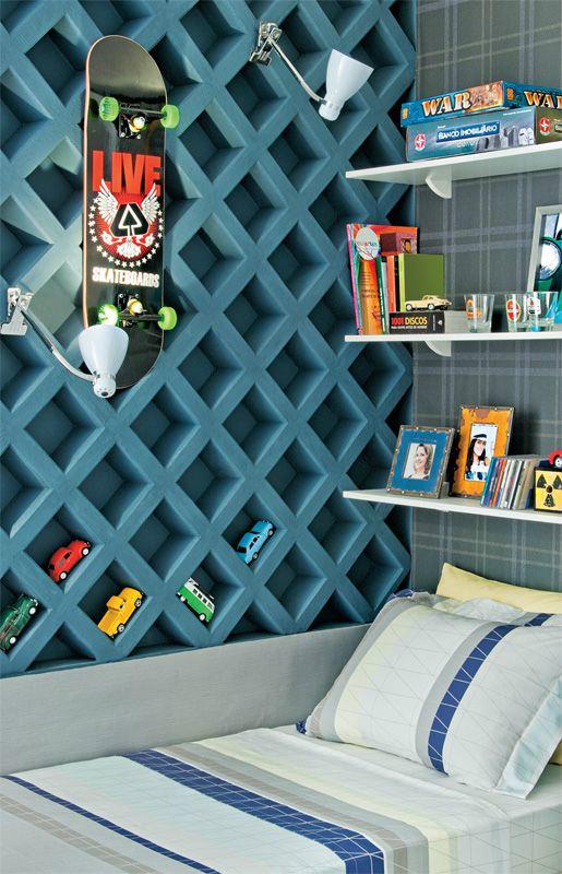 Gray Rhombus Boy's Room Idea