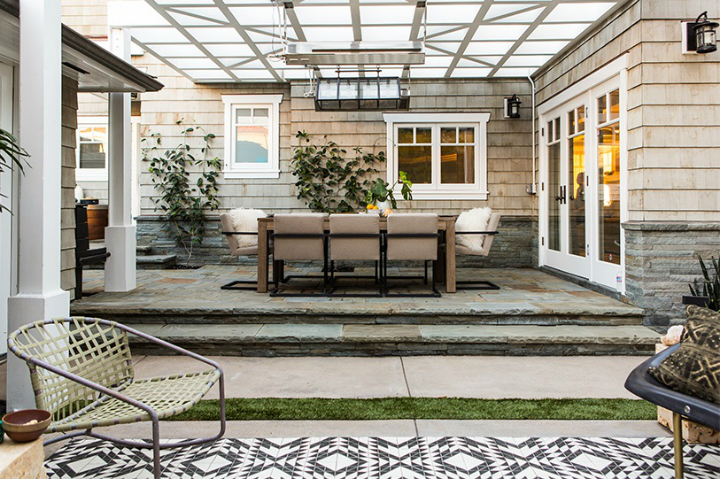 contemporary elegant bold house interiors 29