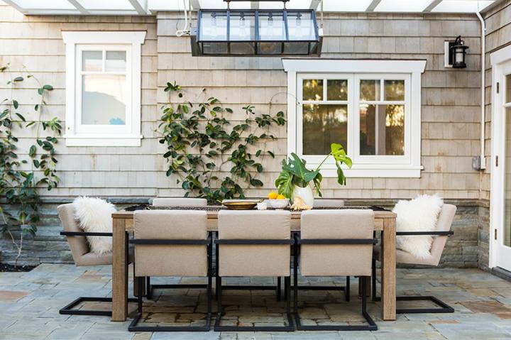 contemporary elegant bold house interiors 30
