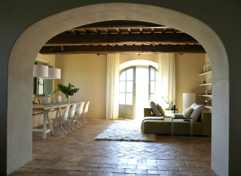 Country House With Contemporay Interior in the Tuscan Countryside 2