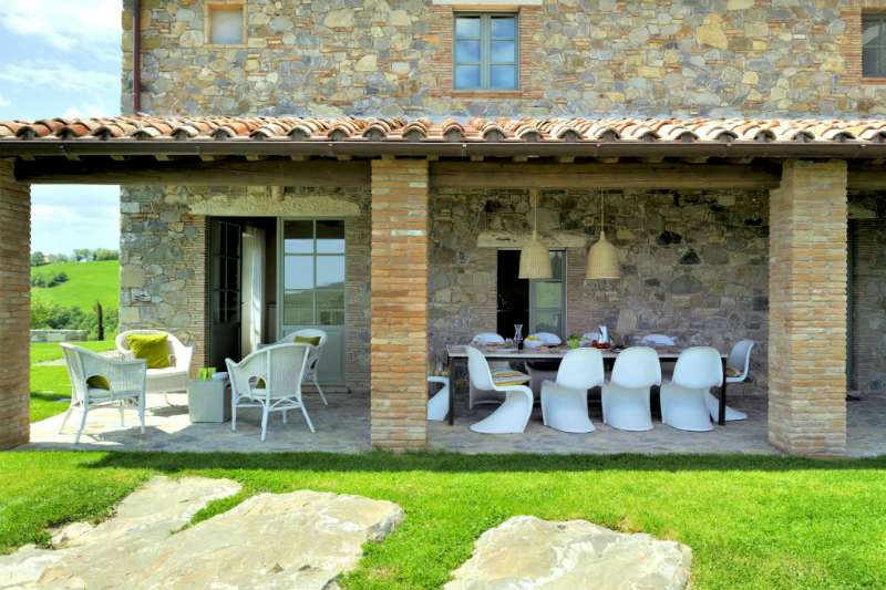 Country House With Contemporay Interior in the Tuscan Countryside 11