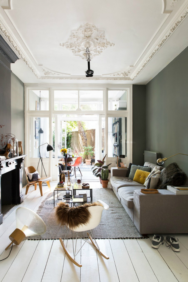 A beautiful mansion where darkness meets light decoholic - Deco salon warme kleur ...
