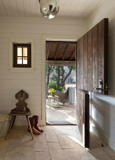 Stylish And Comfortable Home 13