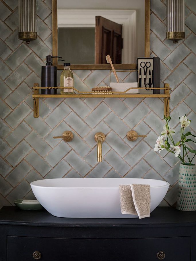 elegant luxury ceramic bathroom tile with gold accesories faucet