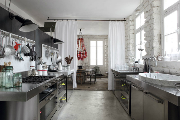 Paola Navone historical parisian eclectic apartment 4