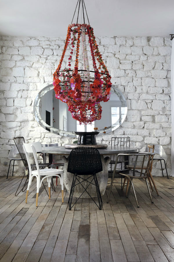 paola-navone-historical-eclectic-parisian-apartment