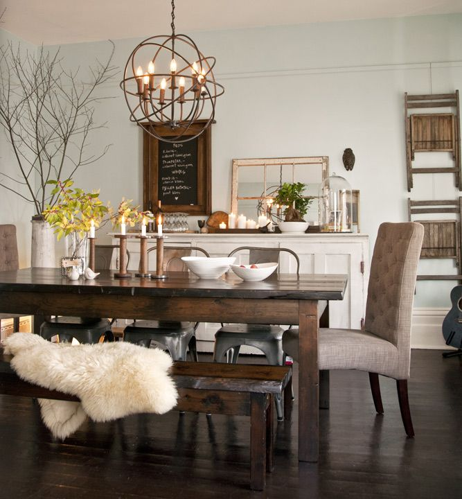12 rustic dining room ideas decoholic for What to put on dining room walls