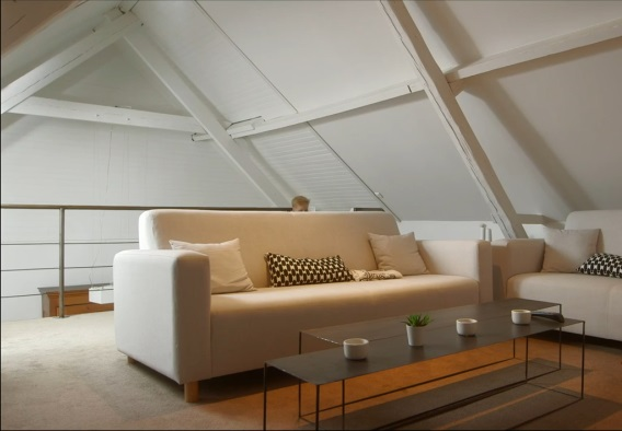 Small White Yet Cozy Family Home 5