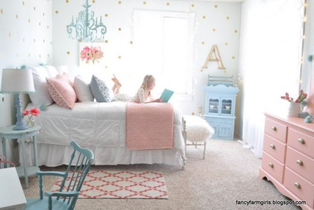 Decorating With the Rose Quartz and Serenity 2016 PANTONE Color of the Year 4