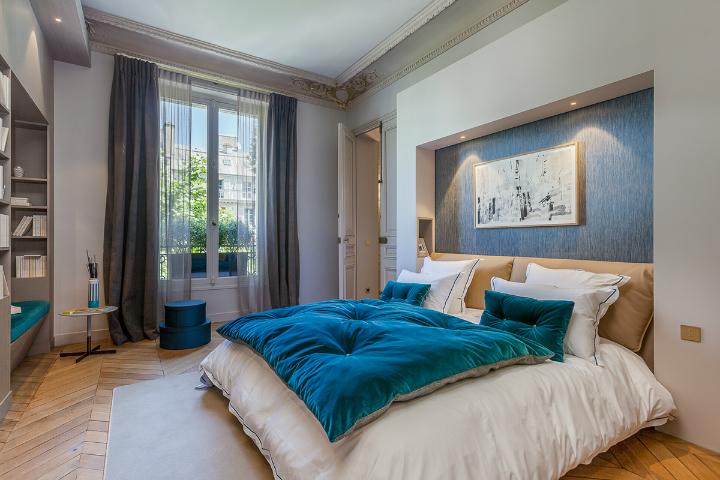 elegant and dramatic interior design ideas by Gerard Faivre Paris 17
