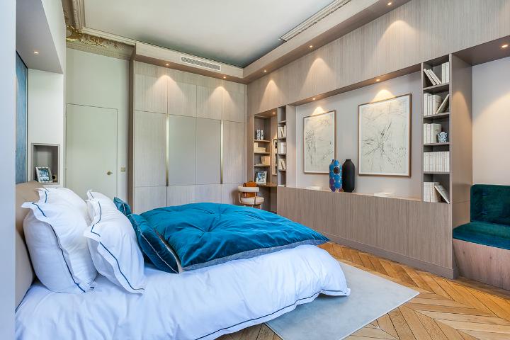elegant and dramatic interior design ideas by Gerard Faivre Paris 18