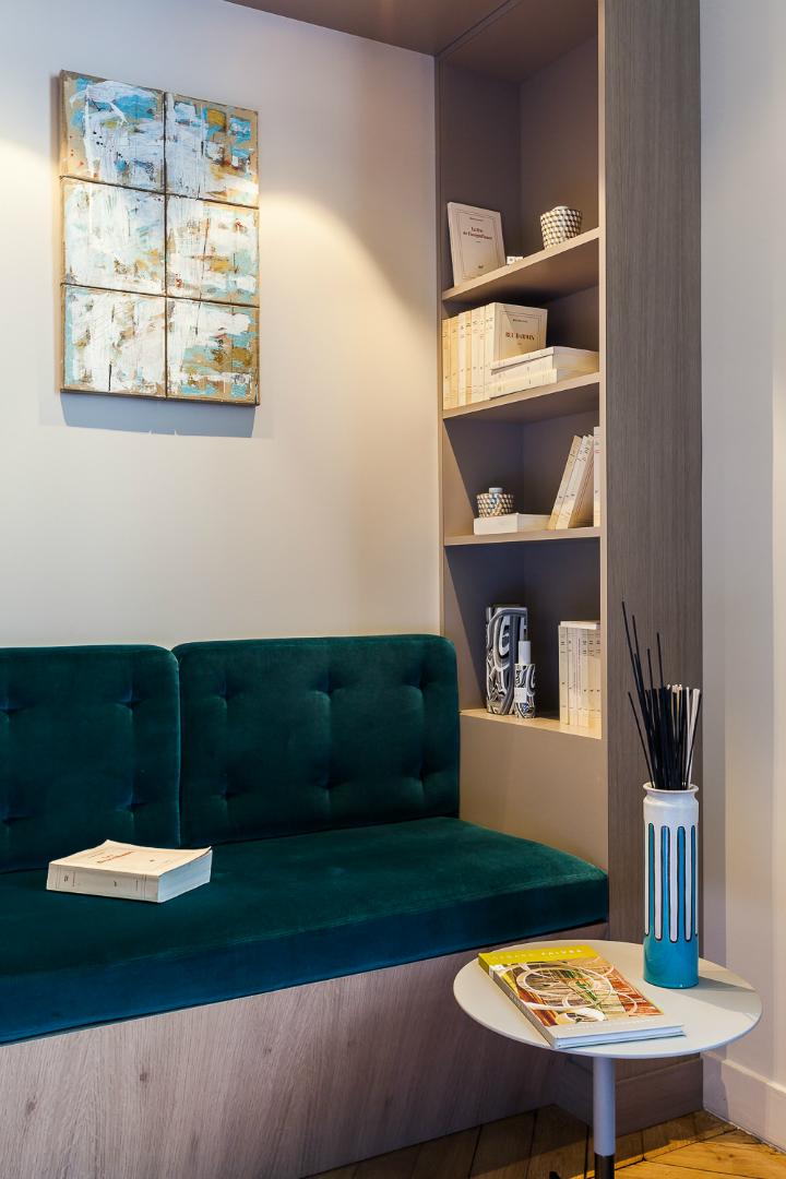 elegant and dramatic interior design ideas by Gerard Faivre Paris 21