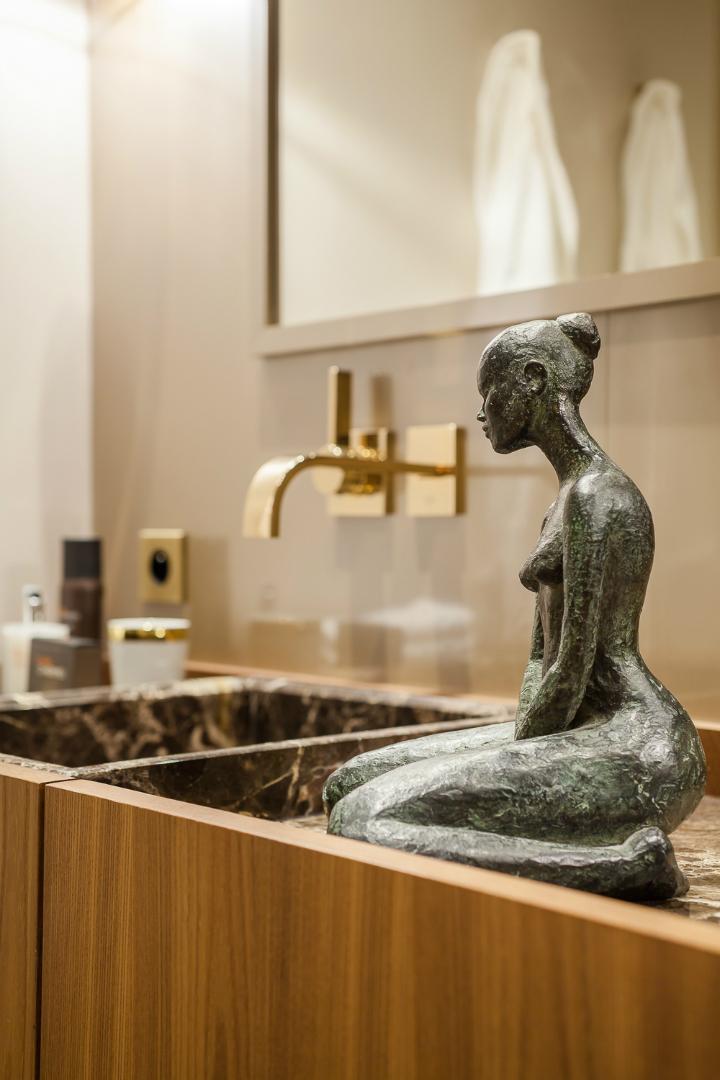 elegant and dramatic interior design ideas by Gerard Faivre Paris 23