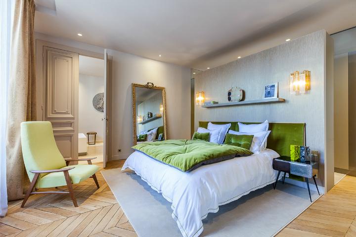 elegant and dramatic interior design ideas by Gerard Faivre Paris 24