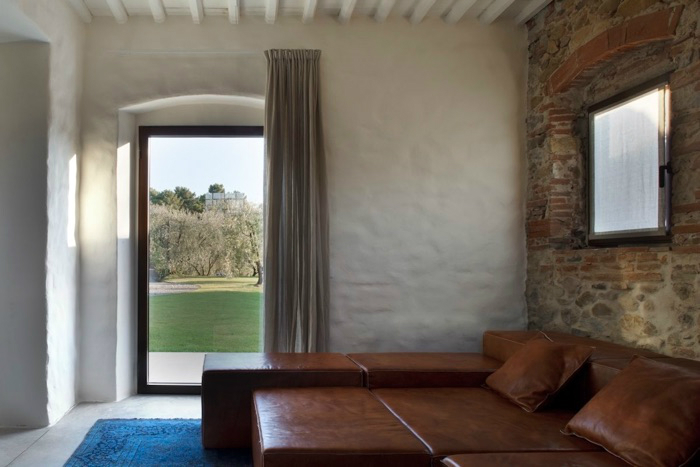 Italian Modern Country House 2